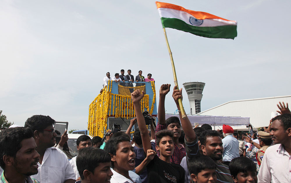 Sindhu Arrives In Hyderabad 0