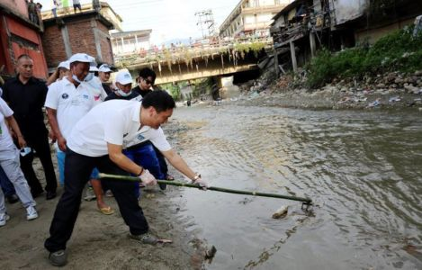 Pema Khandu at a cleanliness drive